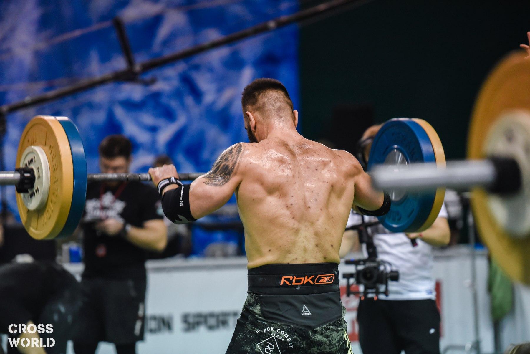 Упражнения для развития силы спины