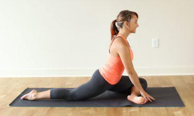 Как растянуть мышцы бедра